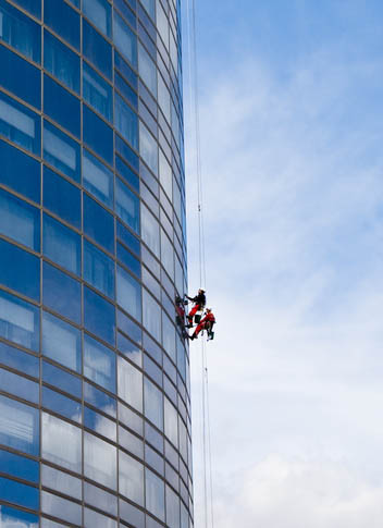 We supply sub contractors, operators and rescue teams throughout the